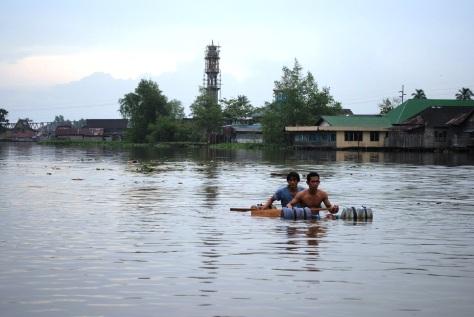 Sungai Banjarmasin harus bebas dari sampah  agar masyarakat bisa memanfaatkannya dengan maksimal.